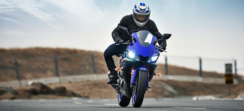 Teste na pista nova YZF-R3 ABS Azul Metálico (Racing Blue) Freios ABS